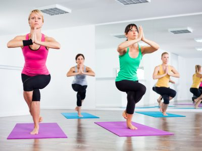 what yoga poses are good for sciatica